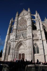 la façade de la cathédrale (photo P Dautry)