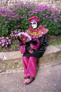 autre photo du petit Pierrot noir et rose (que je ferai à un prix très faible )