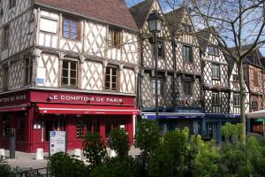 les maisons à colombages de la Place Gordaine Bourges
